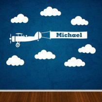 Stenska nalepka Letalo z zastavo, oblački in imenom